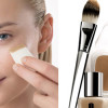 Complete makeup guide for all seasons: moisturizer and foundation